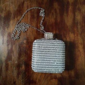 Diamond shape rhinstone  metallic clutch